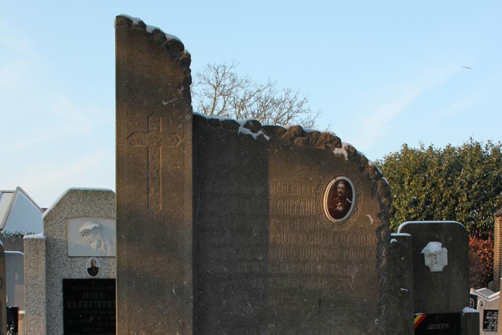 Gedenksteen Commandant Goffard en het 16de Linieregiment