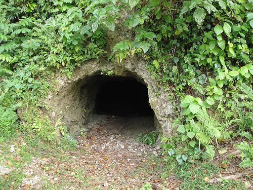Thousend Men Cave