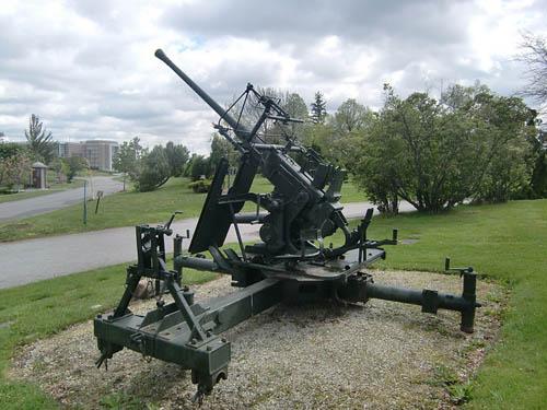 Bofors 40mm Luchtafweergeschut Beechwood Cemetery