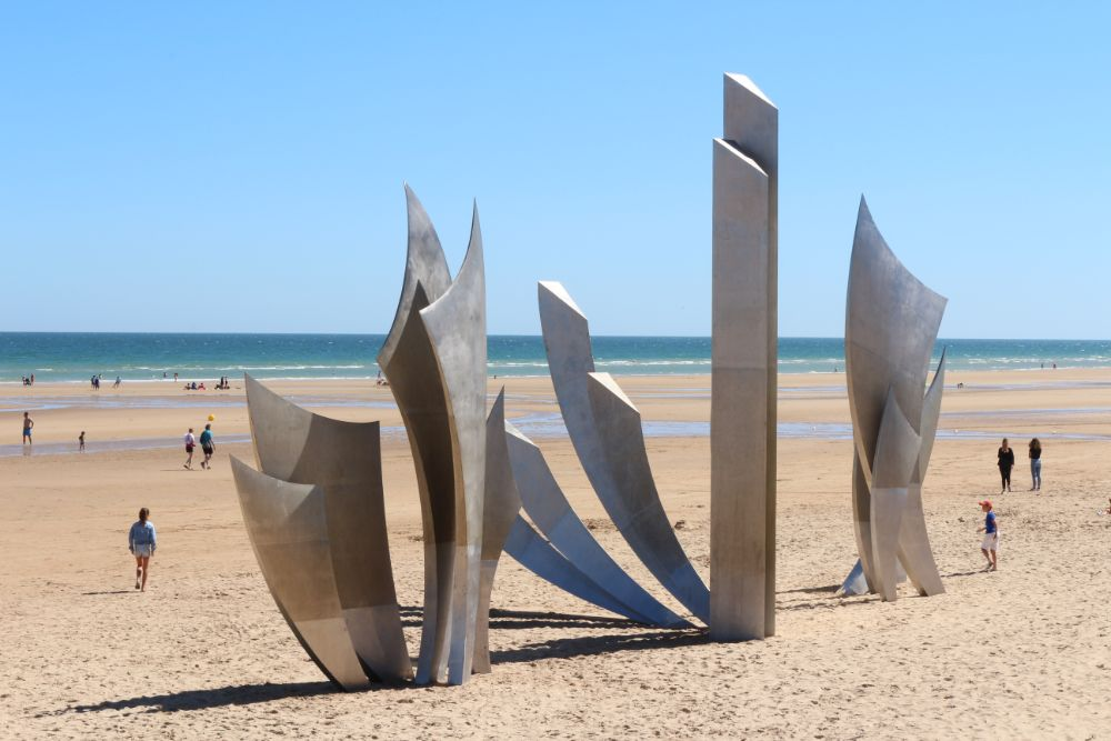 Monument Les Braves Omaha Beach