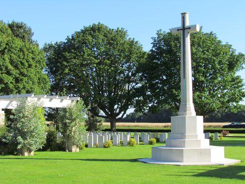 Oorlogsbegraafplaats van het Gemenebest Ryes