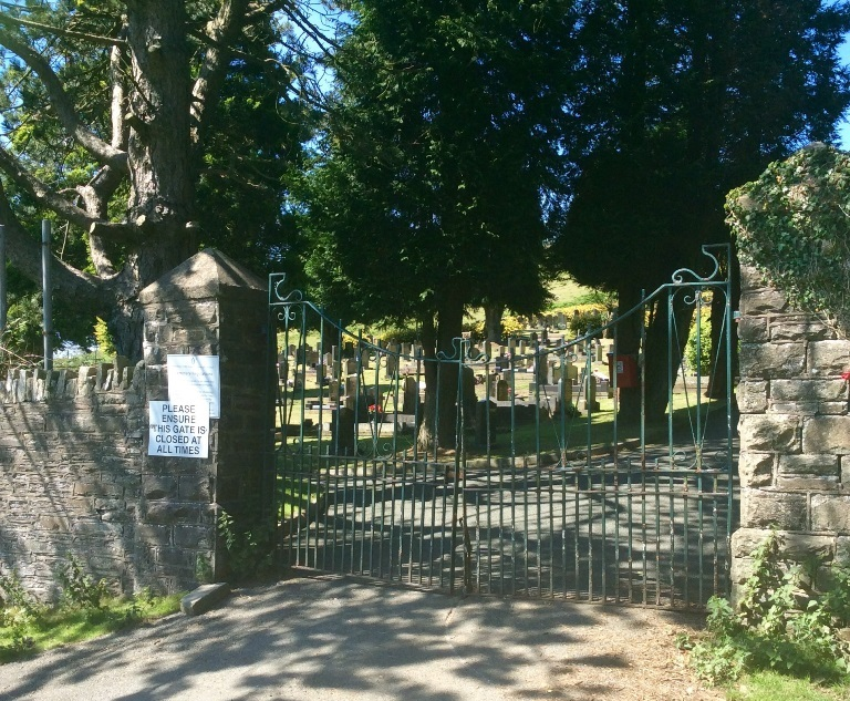 Commonwealth War Graves Graigfargoed Cemetery