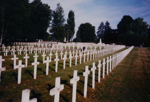 Oorlogsbegraafplaats Dieuze