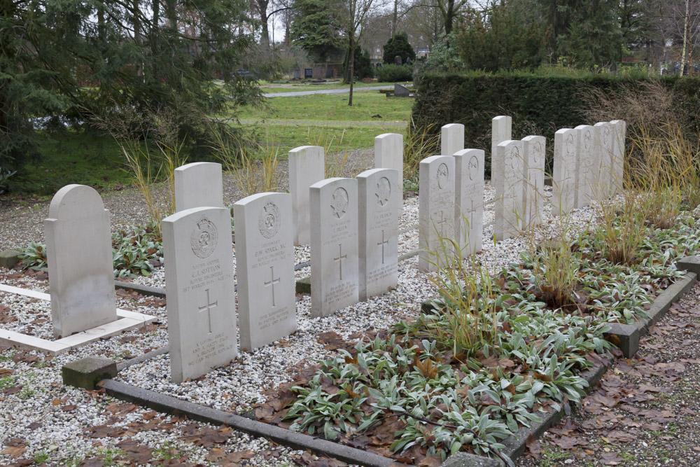 Commonwealth War Graves General Cemetery Aalten