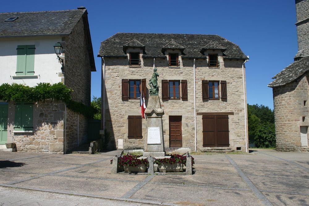 War Memorial Goulles