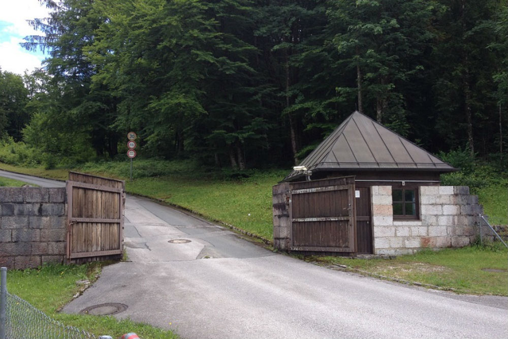 SS Guardhouse - Entrance to Eagle's Nest Road