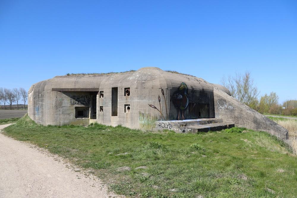 Landfront Vlissingen - Stützpunkt Kolberg - Bunker 2 type 631 & Tankgracht