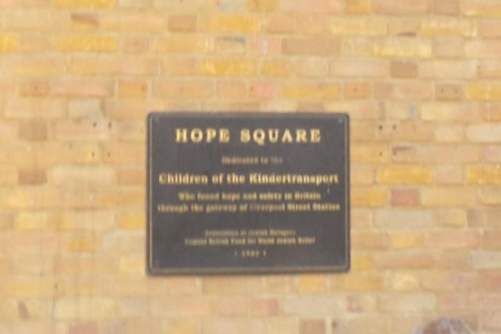 Plaque Hope Square