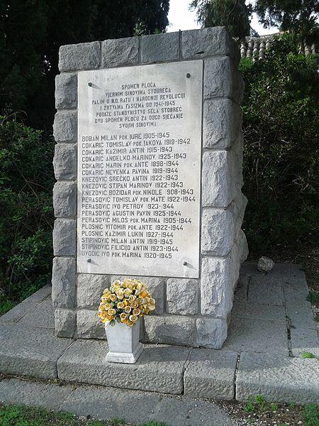 Monument Omgekomen Partizanen Stobreč