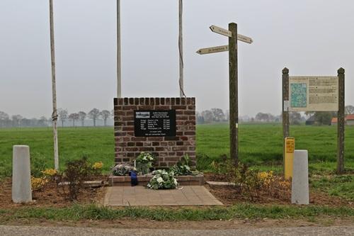 Memorial Crash Manchester L7423