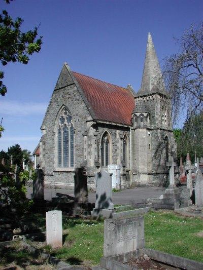 Commonwealth War Graves Avon View Cemetery - Bristol