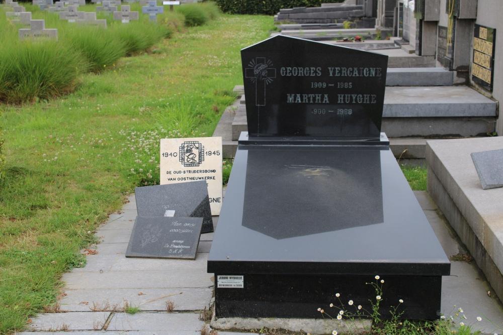 Veteran War Graves Oostnieuwkerke