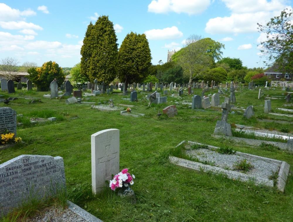 Commonwealth War Graves St. Stephen Churchyard