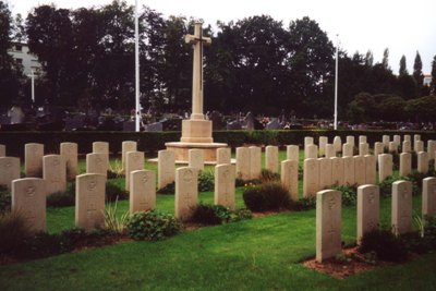 Commonwealth War Graves Nantes