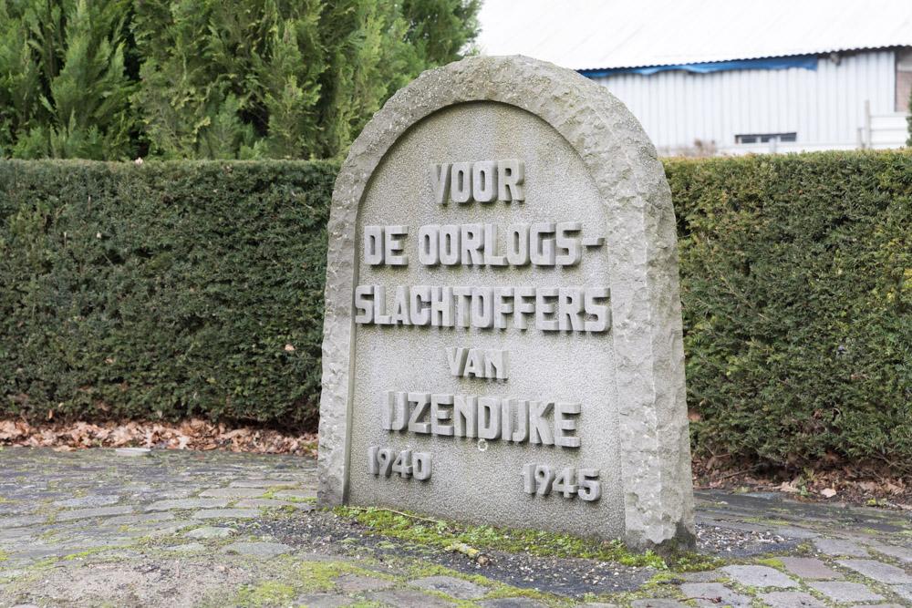 Monument Burgerslachtoffers IJzendijke