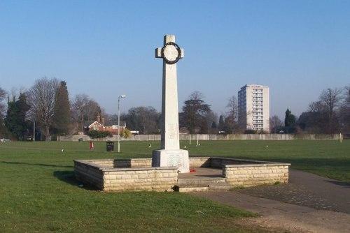 Oorlogsmonument Goldington (Salph End)