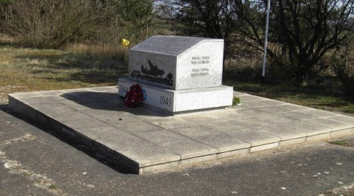 Monument USAAF 801st en 402nd Bombardment Group