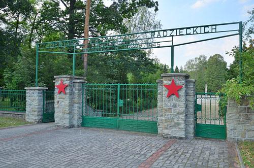 Sovjet Oorlogsbegraafplaats Kędzierzyn-Koźle