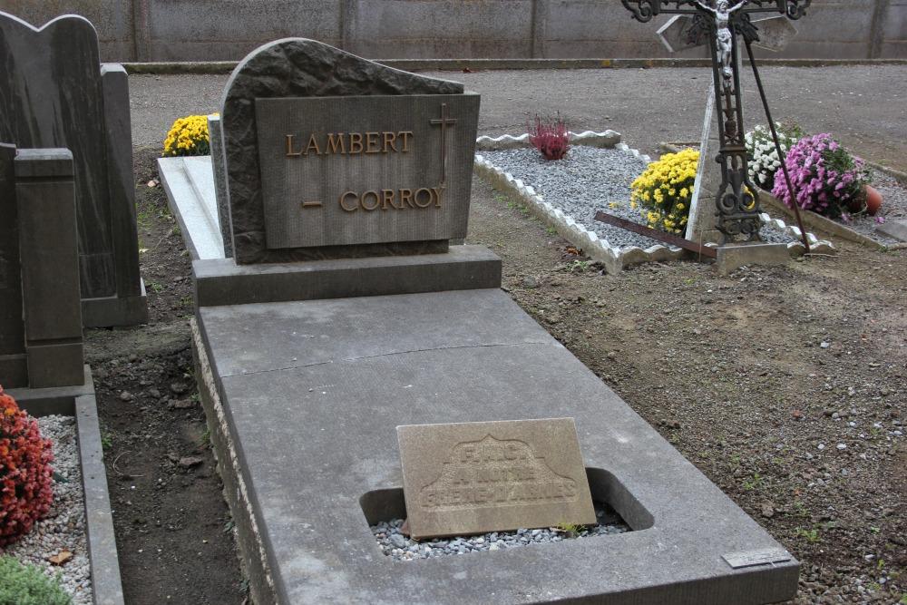 Veteran War Graves Bovenistier