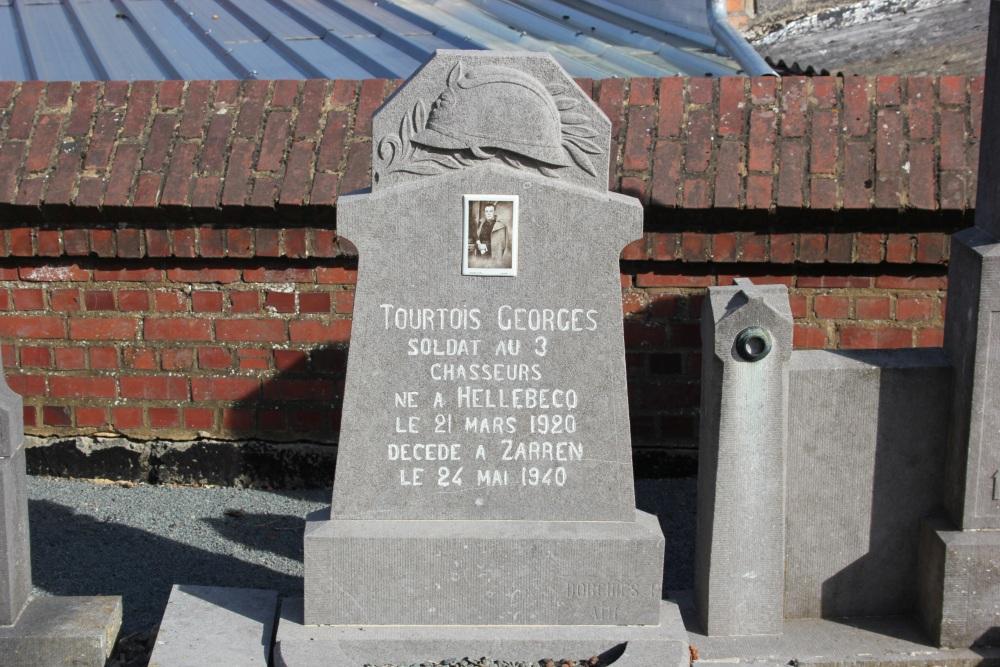 Belgische Oorlogsgraven Hellebecq