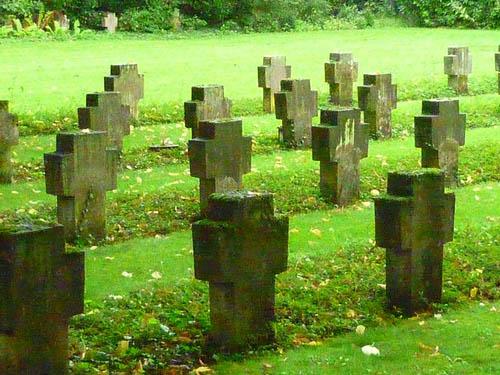 Duitse Oorlogsgraven Hauptfriedhof Trier