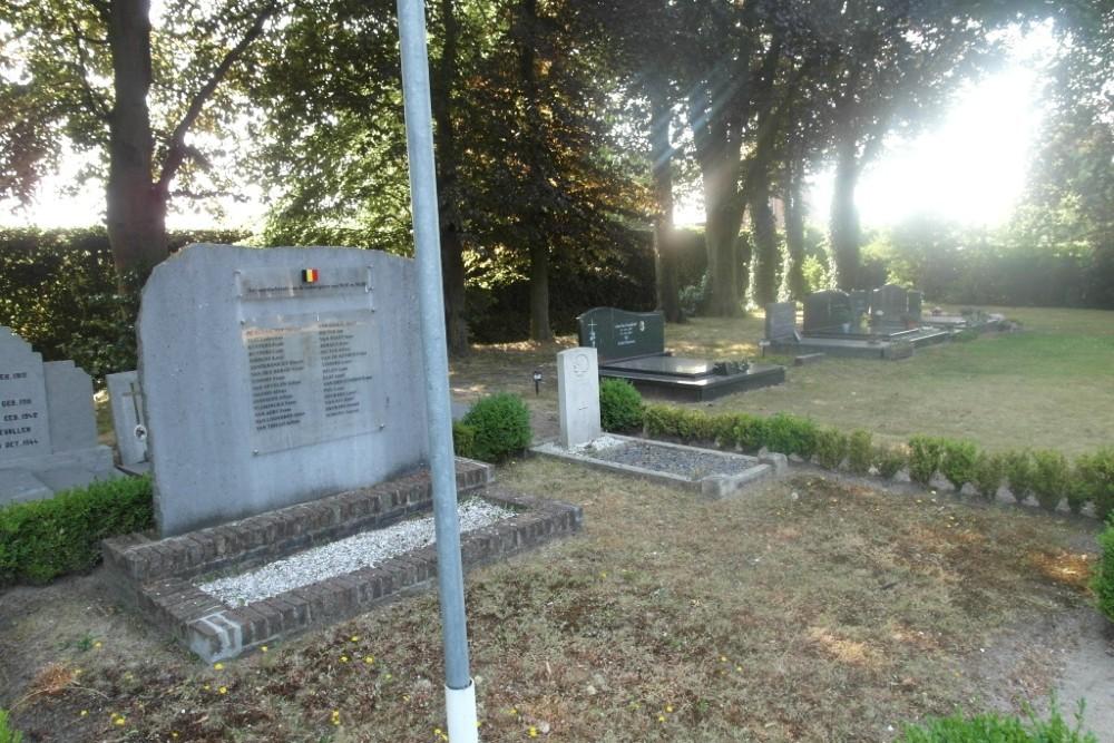Monument Oud Strijders Gemeentelijke Begraafplaats Achterbroek