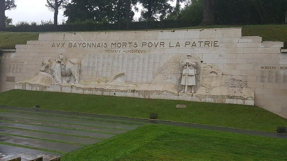 Oorlogsmonument Bayonne