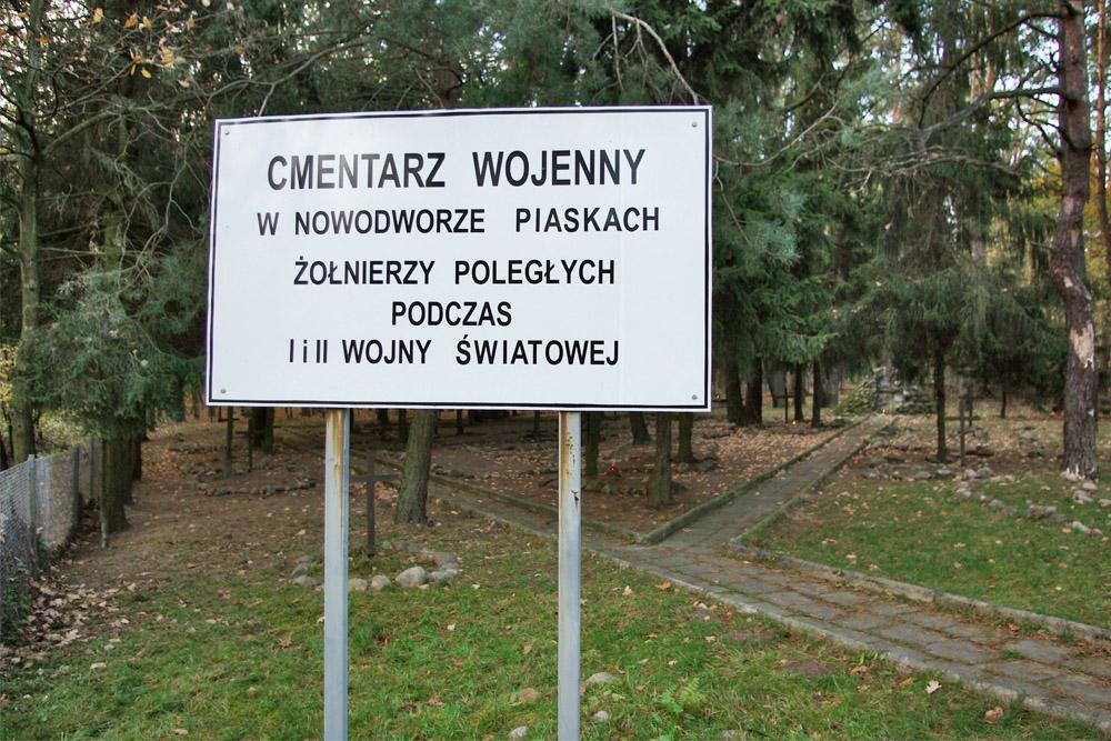 War Cemetery Nowodwór-Piaski