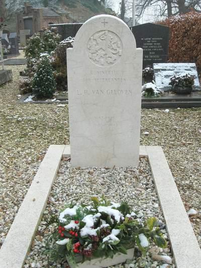 Nederlandse Oorlogsgraven Kessel