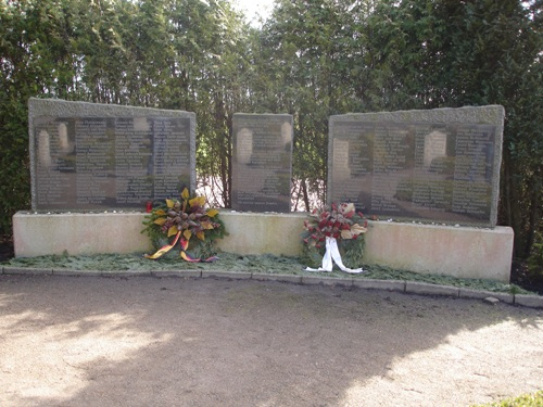 Monument Kamp Engerhafe