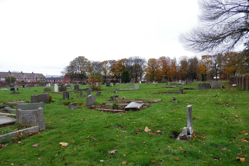 Commonwealth War Graves North Ormesby Cemetery