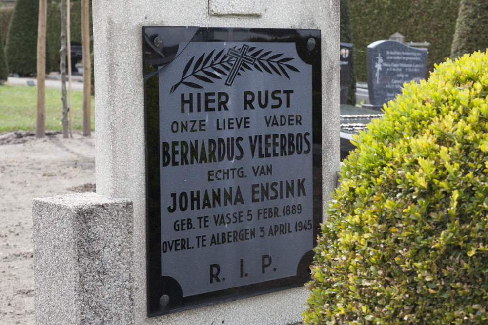 Dutch War Graves Roman Catholic Cemetery Albergen