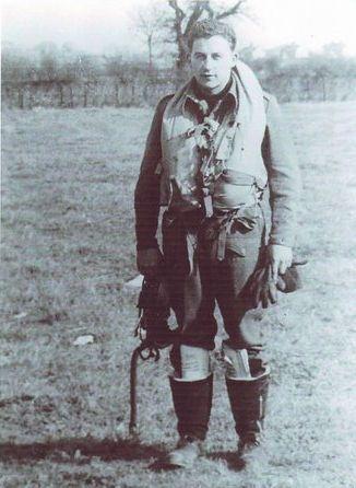 Anton de Man, eerbetoon aan een geallieerde vliegenier