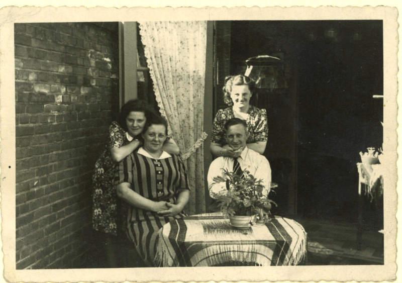 Mijn vader in de oorlog: van Tilburg naar Berlijn en terug