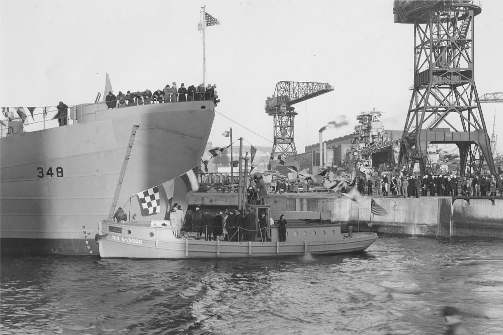 Amerikaanse Landing Ship Tank USS LST-348 (LST-348)
