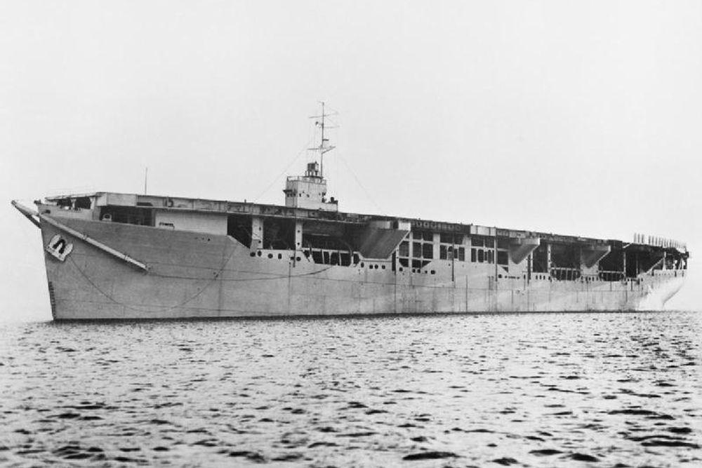 Britse Merchant Aircraft Carrier m.v. Alexia (MP)