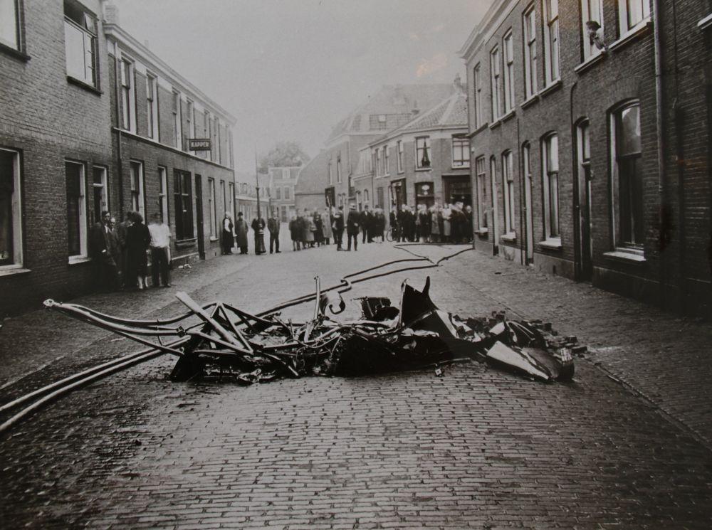 Crash of Lancaster ED928 at Utrecht