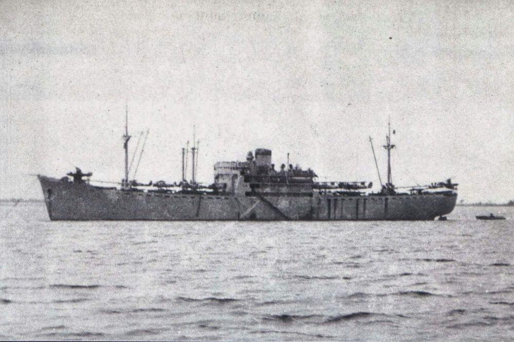 Japanse Vliegtuigmoederschip Kagu Maru (1937)