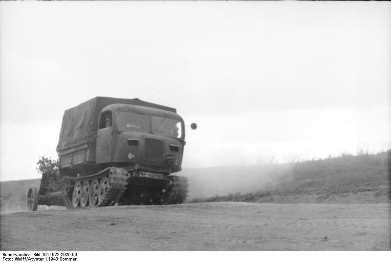 Raupenschlepper Ost (RSO)