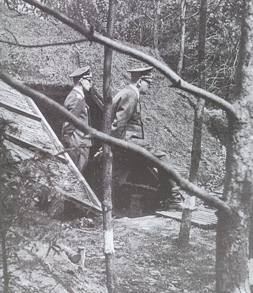 Hitler tijdens de Duitse inval in het Westen