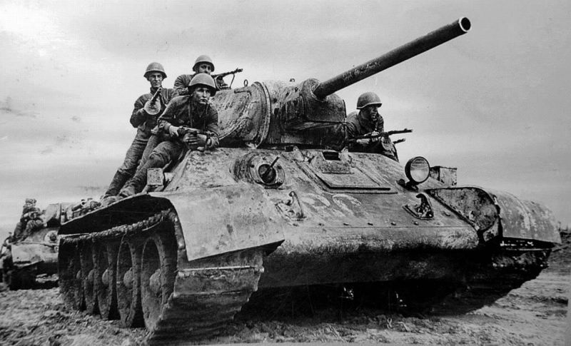 Vuurkracht T-34 tegen Duitse tanks (1941-1945)