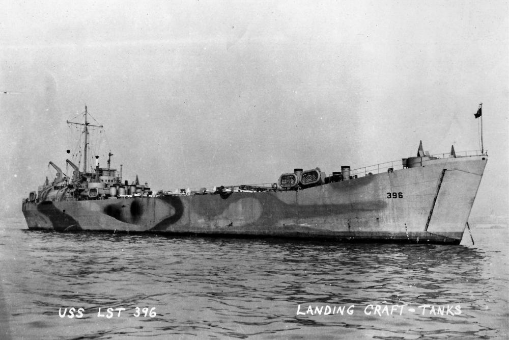 Amerikaanse Landing Ship Tank USS LST-396 (LST-396)