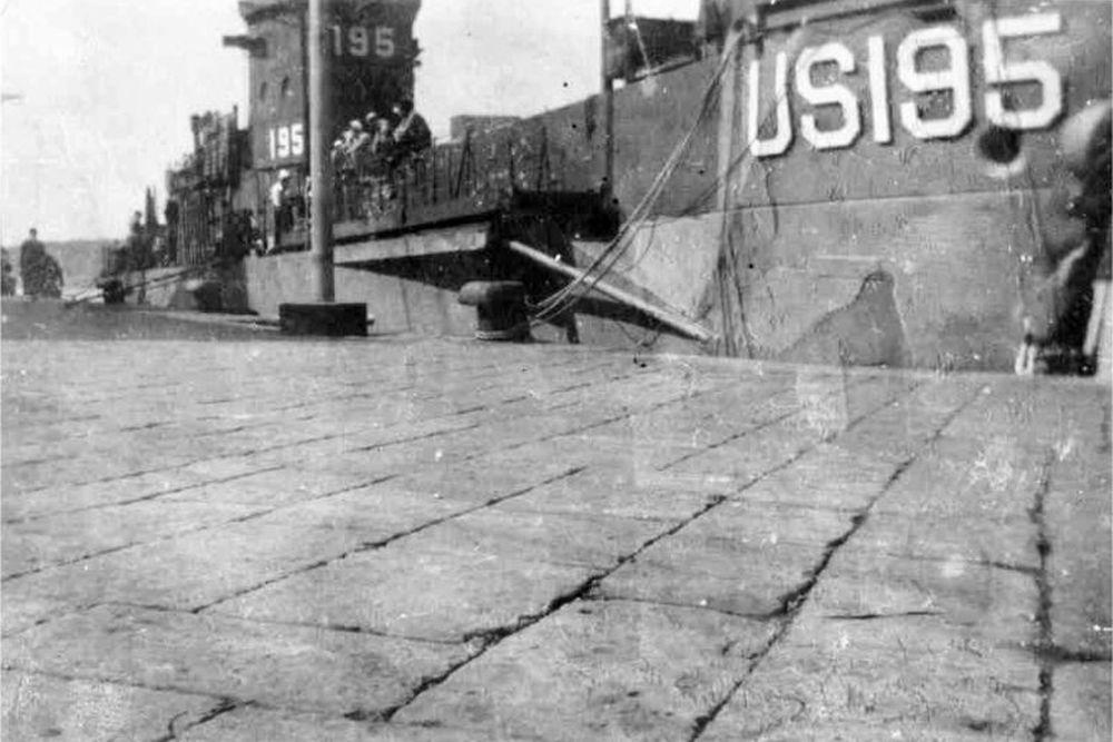Amerikaanse Landing Craft Infantry (Large) USS LCI(L)-195