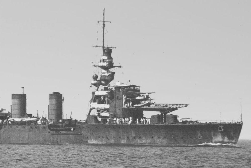 Japanse Lichte-kruiser Kinu (1922)