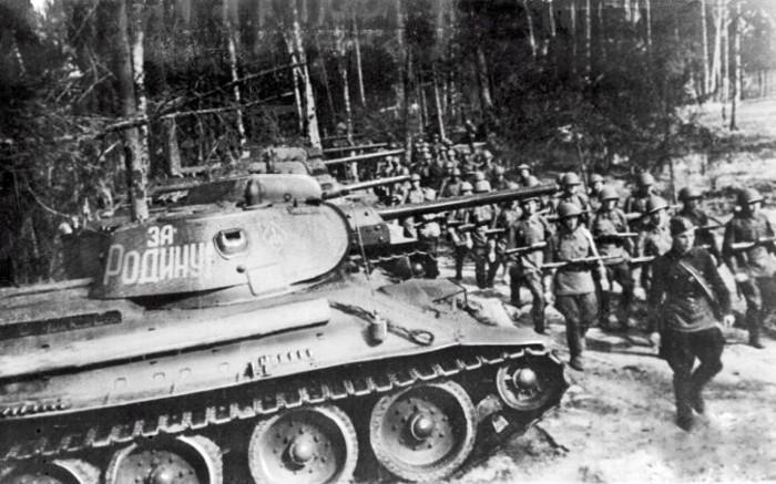Vuurkracht T-34-85 tegen Duitse tanks (1944-1945)