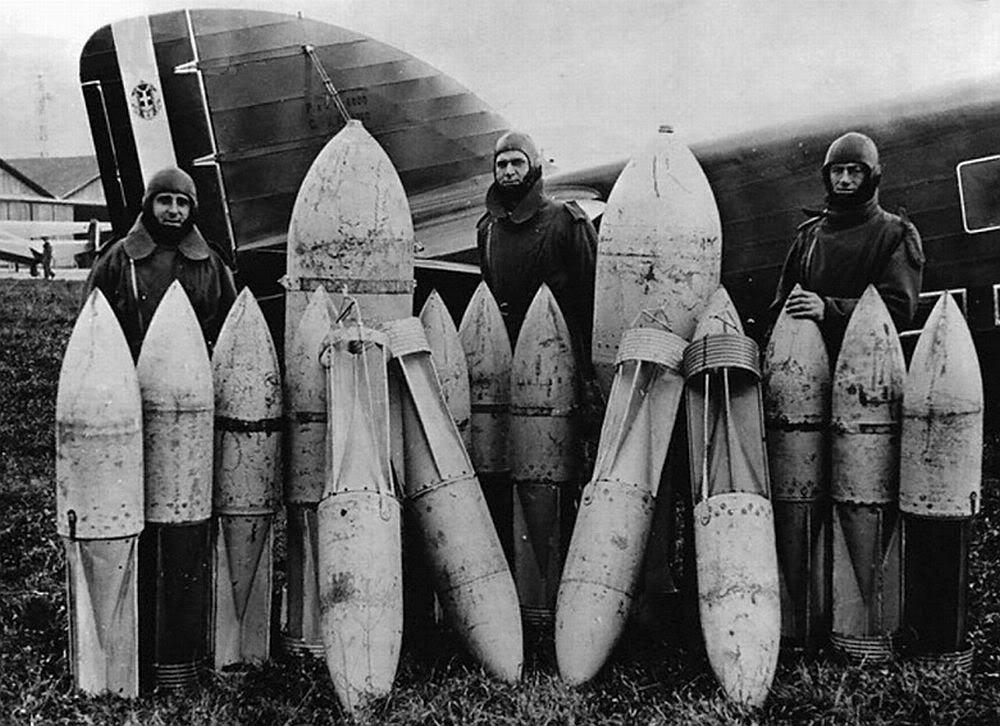 Italiaanse bommen (1940-1943)