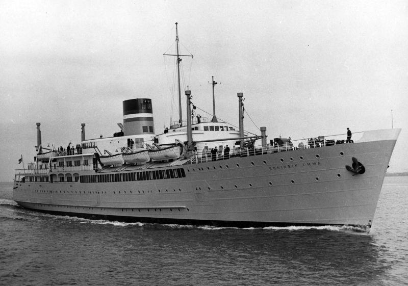 HMS Queen Emma en HMS Princess Beatrix