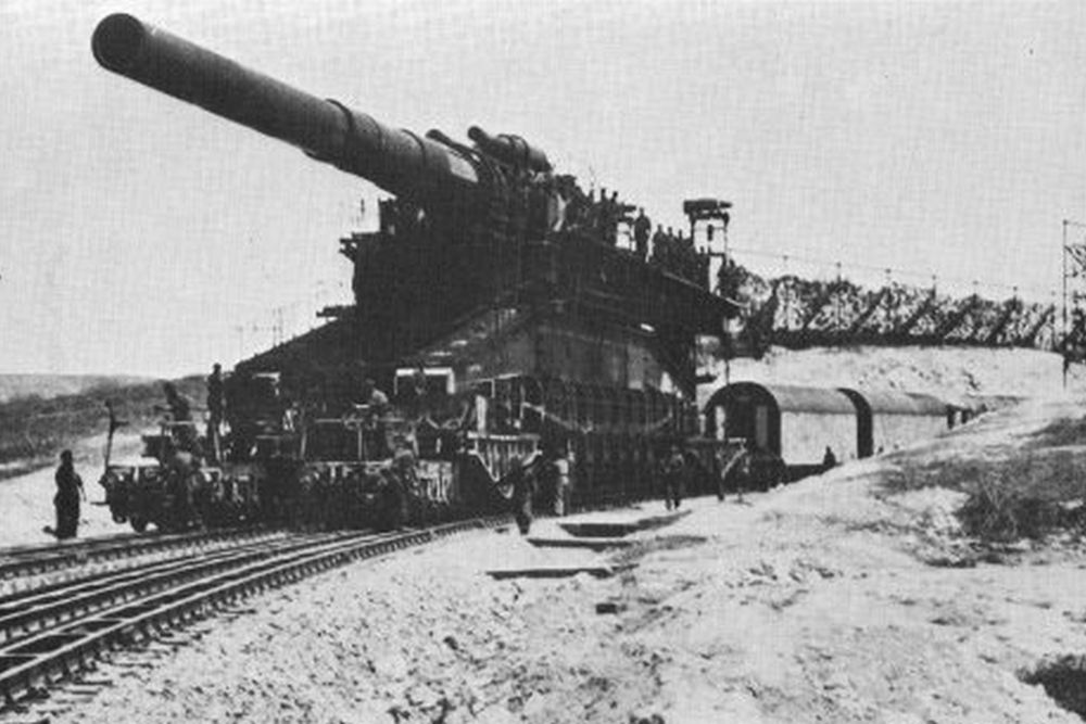 Duitse Spoorweggeschut 80 cm Kanone (Eisenbahn) Gustav-Gerät